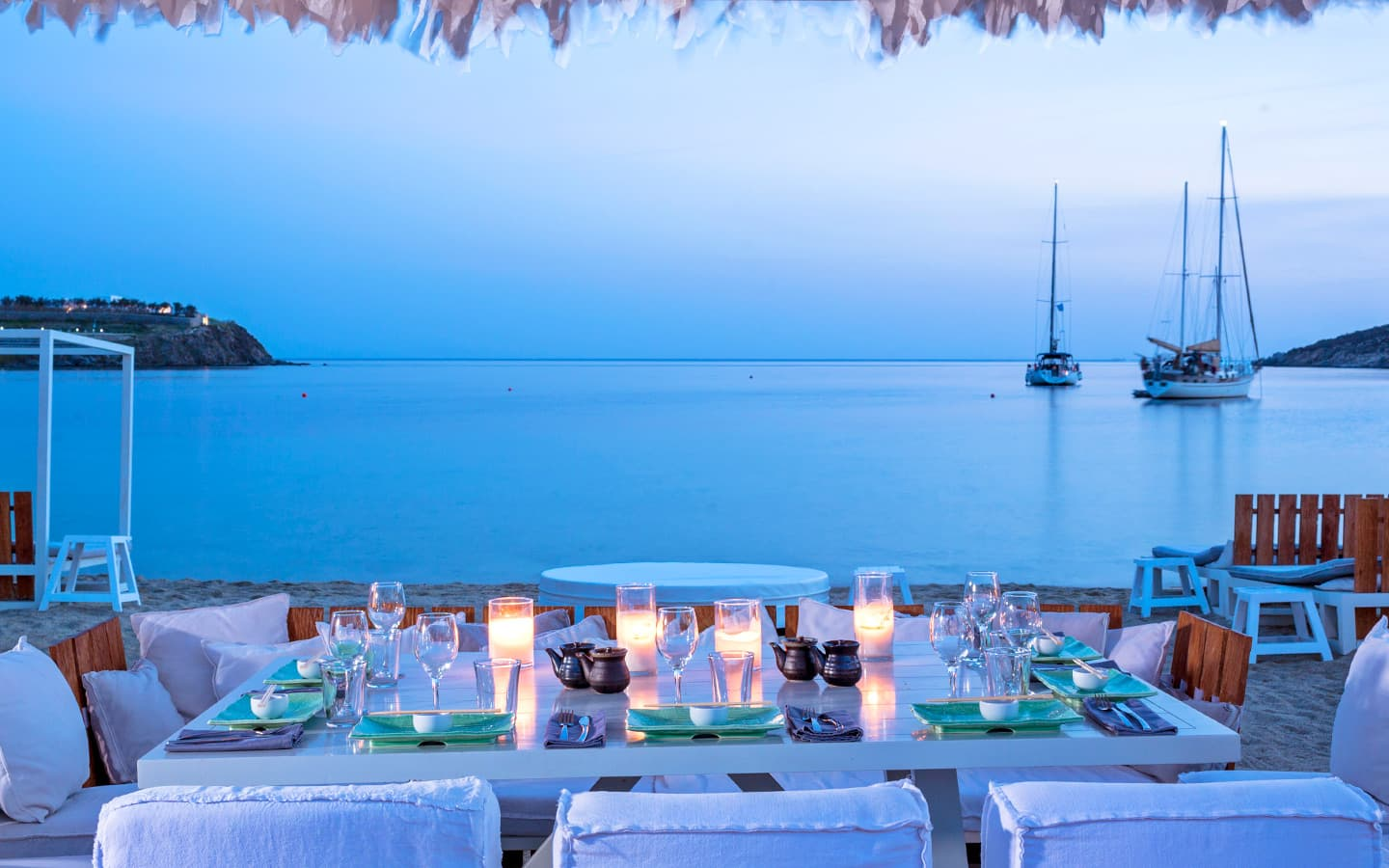 TOP 5 SEASIDE RESTAURANTS & TAVERNS IN MYKONOS