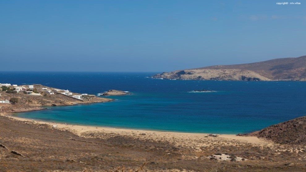 LUXURY VILLAS IN AGIOS SOSTIS BEACH, MYKONOS