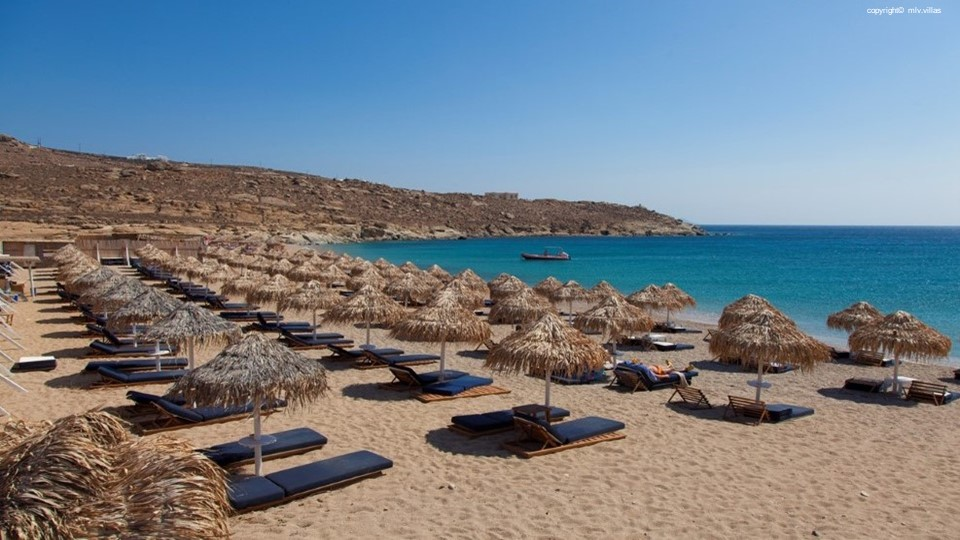 LUXURY VILLAS IN LIA BEACH, MYKONOS